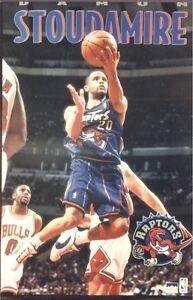 ~Damon Stoudamire Laying Up Over Michael Jordan 1996 Starline Raptors Poster~NOS