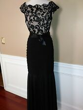 BETSY & ADAM EMBROIDERED MERMAID BANDAGE GOWN SZ12 EUC!!