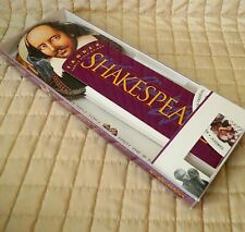 Shakespeare Family Field Guide by Fandex: Test Your Bard Knowledge Fun Pre-Owned