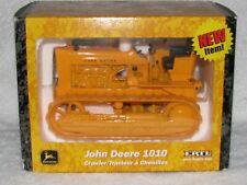 1010 CRAWLER JOHN DEERE 1/16 DIECAST ERTL 2002