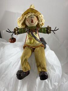 Scarecrow Holding Pumpkin Thanksgiving / Fall Figurine Shelf Sitter
