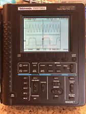Tektronix Ths730a 200mhz Handheld Oscilloscope Ths730a