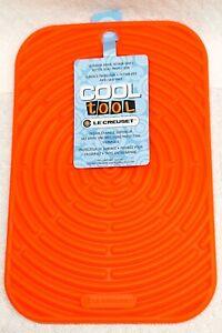 "NWT LE CREUSET Cool Tool Silicone Trivet Hot Pad 9.5"" x 6""  Flame/Orange"