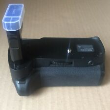 Neewer AA battery Grip For Nikon
