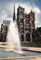 BR5097 Amiens Jeaux d eau devant la cathedrale  france