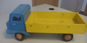 sehr altes Holz Auto Laster  ~~   DDR (Vero? / Fröbel?) Werdau??