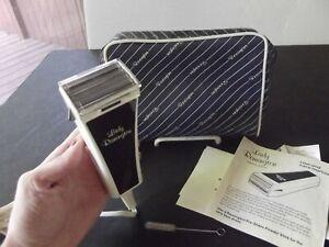 Great Cond. Complete Vintage Lady Remington Electric Shaver Model 6M2L-1 WORKS