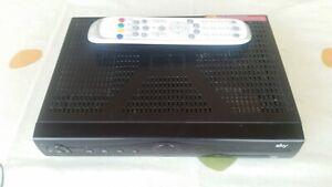Humax PR 3000 C HD 3 SKY Kabel Reciever  ohne Festplatte  mit HDMI & FB