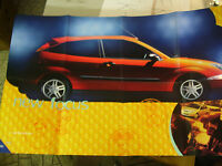 2000 FORD Focus Automobile Brochure Opens up To a Huge Full Page!