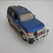 TOYOTA LAND CRUISER PRADO 4X4 tout terrain voiture miniature MMS TOYS N6023