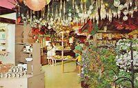 IL Dundee SANTAS VILLAGE Dundee Gift Shop Christmas Ornaments postcard AM2