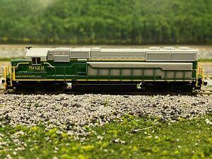 N - Atlas Reading, Blue Mountain & Northern SD-50 Locomotive #5022 w/ DCC N4515