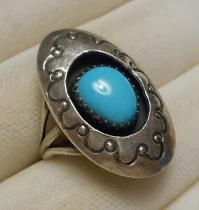 Signed M. ESITTY Vintage Southwest Sterling Silver & Turquoise Ring Size 6.5