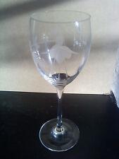 Rare Arcoroc fushia design wine glass France
