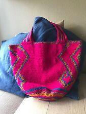 SUPERIOR QUALITY Handmade carry-all mochila Guajira