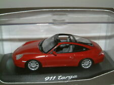 1/43 PORSCHE 911 TARGA IN DARK RED METALLIC, MINICHAMPS.