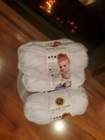Lion Brand Yarn, Hometown USA, 4 Skeins, New York White,  Brand New