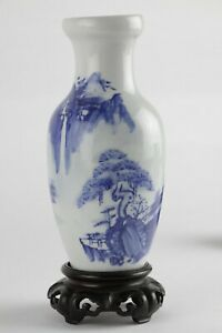 Vintage Chinese porcelain vase 20th c, blue and white hand painted