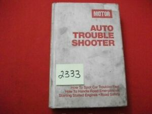 1976 AUTO TROUBLE SHOOTER BOOK-DEFINING CAUSES OF CAR TROUBLES EXC. INFORMATION