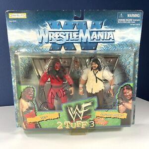 *SIGNED* 1998 Jakks Pacific WWF 2 TUFF 3 WRESTLEMANIA XV KANE & MANKIND 2-PACK