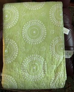 """Pine Cone Hill Uma Resist LIME Full/Queen Quilt 92"""" X 96"""" Reversible New"""