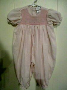 Vtg Baby 1-Piece BUBBLE Romper Girls Size 6-9 MTHS CARTERS-SMOCKED