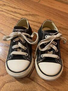 Converse chuck taylor black size toddler 8