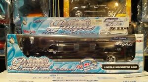 1:24 Lincoln Navigator Limousine with lights Rims Black Ultra Rare Wow L@@k!!!