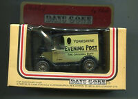 Lledo Days Gone 1984 Delivery Van Yorkshire Evening Post    die cast MIB