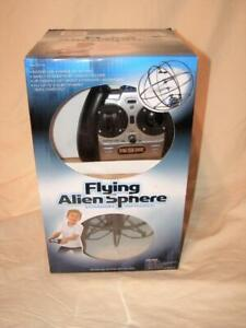 Excite Flying Alien Sphere Exciting INFRARED Flying Toy Ages 8+ Complete Tested