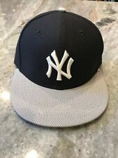 Men's 7 New York Yankees Baseball Cap (youth) New Era Size 7 Navy Blue Gray