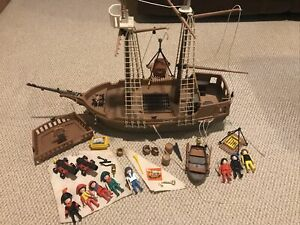 Vintage Playmobil Pirate Ship Playset 3550 1978 w/accessories