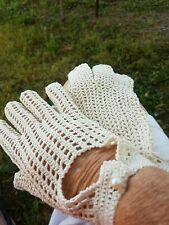 Vintage 100% cotton Hand Crocheted Lace Gloves  Medium italy free shipping