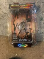 "ALIEN RACERS SKRASH Action Figure Series 1 7"" Collectible Figurine NEW"