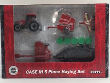 1/64 ERTL CASE IH MX110 TRACTOR HAYING SET