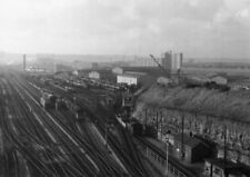 PHOTO  GWR LOCO SHED BRISTOL EAST IN THE 1960'S
