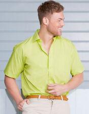 Normale maschinenwäschegeeignete klassische Kurzarm Herrenhemden mit Kentkragen