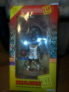 ROBERT TRAYLOR (RIP) SIGNED/AUTOGRAPHED HEADLINERS XL FIGURE MICHIGAN WOLVERINES