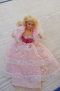 Poupée Barbie Dream Glow( 1985)  robe + etolle + culotte