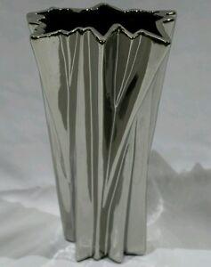 Silver SHINY CHROMe zig zag tall vase ! Unique ! RRP $149.95 home deco / feature