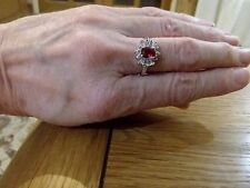 BRAND NEW 18K WHITE GOLD FILLED RING WITH RUBY+DIAMOND LOOK STONES IN SIZE O+1/2