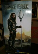 "JUSTICE LEAGUE AQUAMAN 74"" TRIDENT PROP REPLICA NOBLE COLLECTION"