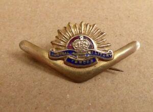 WW11 AIF AUSTRALIAN RISING SUN SWEETHEART GOLD PLATED & ENAMEL BROOCH