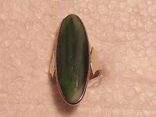 alter 825- Silberring, ca. 60 Jahre mit grünem, ovalen, großem Stein
