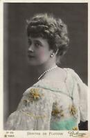 VINTAGE GLAMOUR PHOTO of ACTRESS BERTHE de FLOTOW POSTCARD - UNUSED