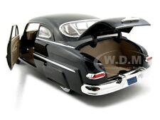 1949 MERCURY BLACK 1:24 DIECAST MODEL CAR MOTORMAX 73225