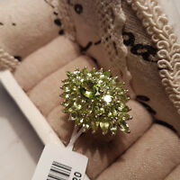 Stunning AA 8ct Peridot Cluster Ring in platinum over Sterling Silver 'N'