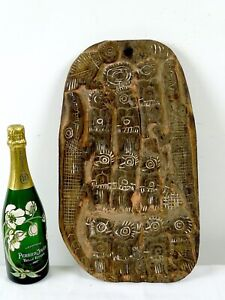 Mid Century PNG hand Carved Tribal Story Board Crocodile Cult Papua New Guinea