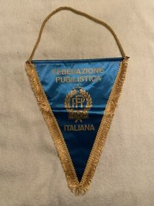 ITALIAN BOXING FEDERATION OLYMPICS PENNANT FLAG  Very good shape.  2006 likely