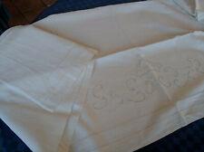 Lenzuolo in lino ricamato a mano, antico Handmade linen sheet
